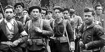 Historical photo of soldiers of the Spanish civil war